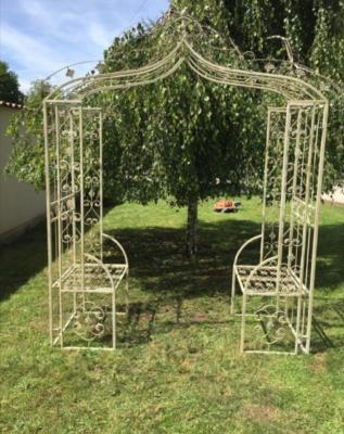 grande pergola style antique livraison offerte. Black Bedroom Furniture Sets. Home Design Ideas